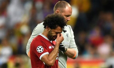 Dinh Thanh Trung: 'Chan thuong cua Salah la cu soc voi Liverpool' hinh anh