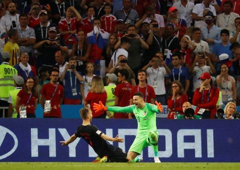 Nhung 'bong hong' Nga bat khoc khi doi nha dung buoc o World Cup hinh anh 3