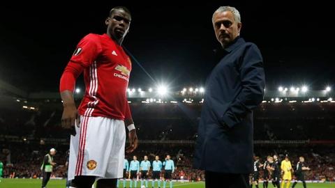 Mourinho am chi Pogba: 'Khong ai la so mot o Manchester United' hinh anh