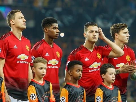 Sir Alex chan nan voi tinh canh cua Man United hinh anh