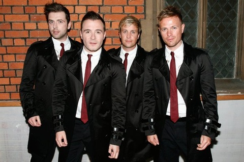 'Us Against The World' - Westlife hinh anh