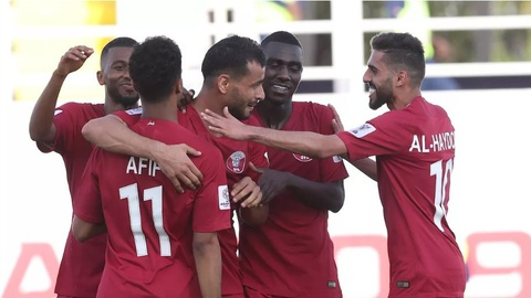 Tuyen Qatar thang CHDCND Trieu Tien 6-0 bang cu poker cua Almoez Ali hinh anh