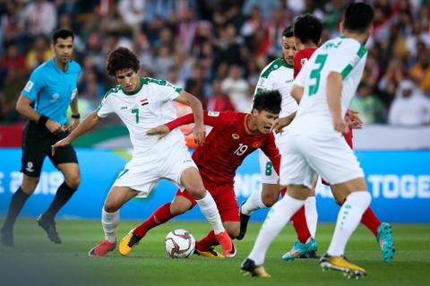 HLV Queiroz: 'Voi Iran, Asian Cup 2019 bat dau tu vong 16 doi' hinh anh