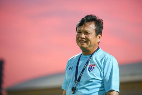 HLV tam quyen Sirisak dung truoc co hoi dan dat Thai Lan sau Asian Cup hinh anh