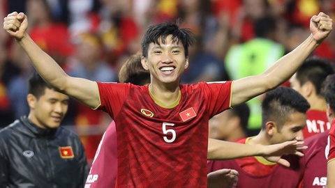 'Vao tu ket Asian Cup, day moi la ky tich cua bong da Viet Nam' hinh anh