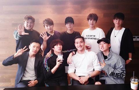 Ca khuc Sorry Sorry - Super Junior hinh anh