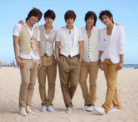 Kpop sau 10 nam: SNSD chi con danh xung, Big Bang tam roi dinh cao hinh anh 13