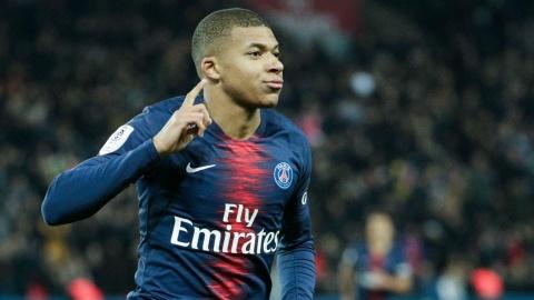 Ronaldo 'beo', Mbappe va nhung cau thu tre nhat cham moc 30 ban hinh anh 9