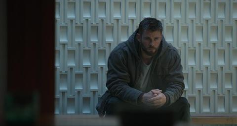 Chris Hemsworth - nguoi cuu Than Sam Thor khoi dinh menh tam thuong hinh anh 2