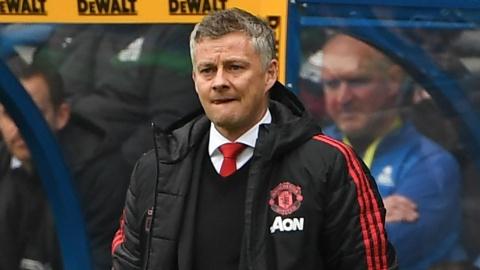 Mua giai tham hoa cua Man United qua loat thong ke toi te hinh anh 4