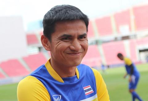 Bóng đá Thái Lan chệch hướng sau sự ra đi của Kiatisak. Ảnh:Tùng Lê.