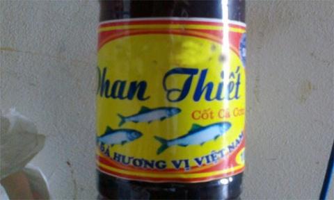 Nuoc mam Phan Thiet gia 5.000 dong/lit o Ha Noi hinh anh