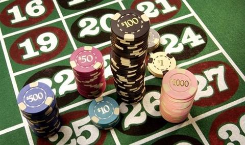 Cho nguoi Viet danh bac trong casino: Ly le khong vung hinh anh