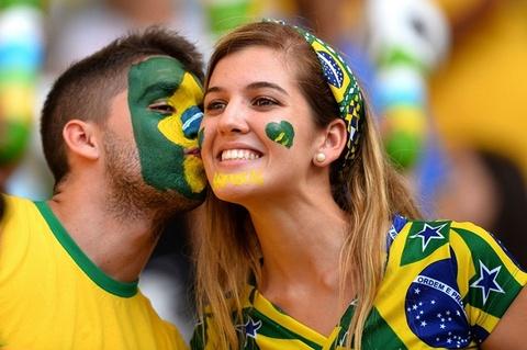 Brazil mat 13,5 ty USD vi dan nghi viec xem World Cup hinh anh