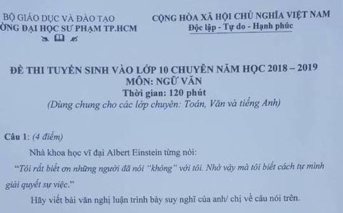 Thi sinh bat khoc sau gio thi Ngu van vao lop 10 Trung hoc Thuc hanh hinh anh