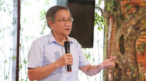 GS Nguyen Minh Thuyet: 'Mot chuong trinh mot bo SGK la nguoc the gioi' hinh anh