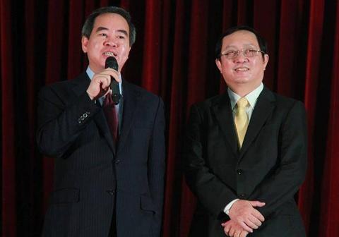 Truong ban Kinh te Trung uong: 'Sinh vien la nhung nguoi giau co nhat' hinh anh