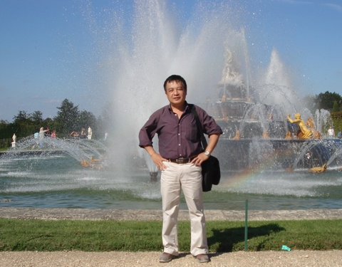 GS Viet duoc dong nghiep Phap to chuc ngay Topo Dai so mung sinh nhat hinh anh 1