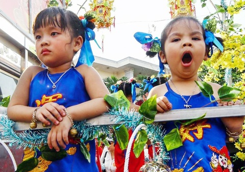 Hàng nghìn học sinh Sài Gòn, Bình Dương được nghỉ dịp rằm tháng giêng