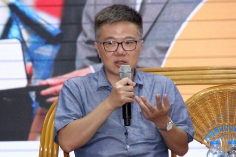 GS Ngo Bao Chau: 'Toi tung soc khi nhan bang luong cua minh' hinh anh