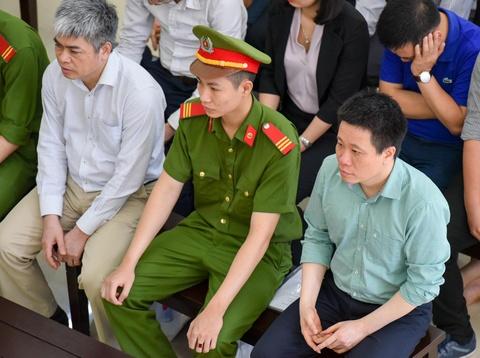 Toa y an tu hinh nhung kien nghi giam an cho Nguyen Xuan Son hinh anh