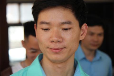 Hoang Cong Luong nhap vien truoc phien xu 7 bi cao vu chay than hinh anh