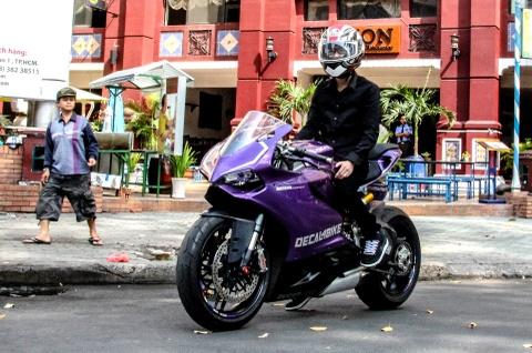 Ducati 899 Panigale mau doc tai Sai Gon hinh anh