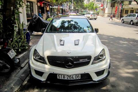 Xe sang Mercedes do vo Black Series o Sai Gon hinh anh