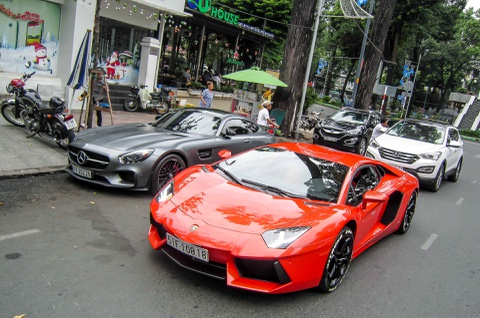 mercedes gt s edition 1 hinh anh