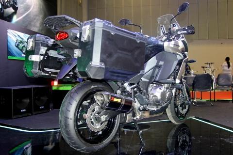 Vua dia hinh Kawasaki Versys 1000 ve Viet Nam hinh anh 3