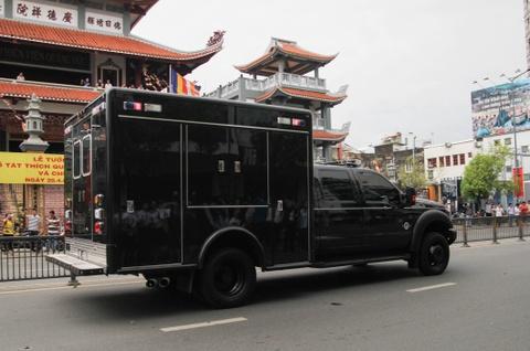 Chi tiet doan xe ho tong Tong thong Obama o Sai Gon hinh anh 5