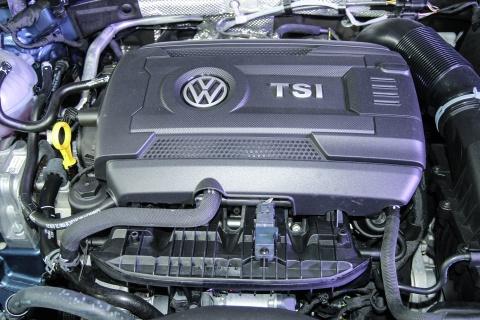 Chi tiet Volkswagen Passat 2016 gia tu 1,45 ty tai Viet Nam hinh anh 11
