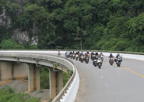 Phuot 2.000 km xuyen Viet tren nhung chiec Kawasaki hinh anh 12