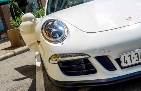 Sieu xe Porsche ban so luong han che tai Sai Gon hinh anh 7