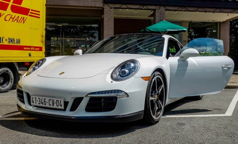 Sieu xe Porsche ban so luong han che tai Sai Gon hinh anh 9