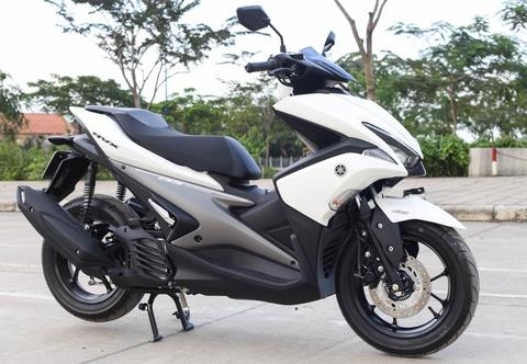 Chi tiet Yamaha NVX: Kich thuoc lon, dang the thao hinh anh 1