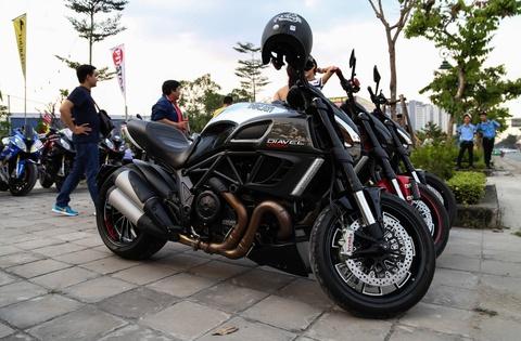 Hang chuc moto va sieu xe tap trung o Sai Gon hinh anh 7