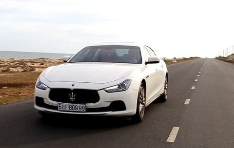 Danh gia Maserati Ghibli - sedan the thao gia 5,2 ty tai VN hinh anh