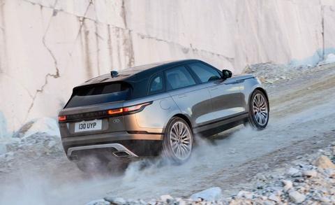 Range Rover Velar - doi thu moi cua Porsche Macan ra mat hinh anh