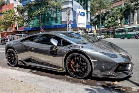 Lamborghini Huracan do body va dan chrome o Sai Gon hinh anh 1