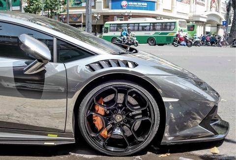 Lamborghini Huracan do body va dan chrome o Sai Gon hinh anh 5