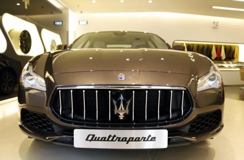 Xe sang Maserati Quattroporte gia 7,2 ty dong tai Viet Nam hinh anh 5