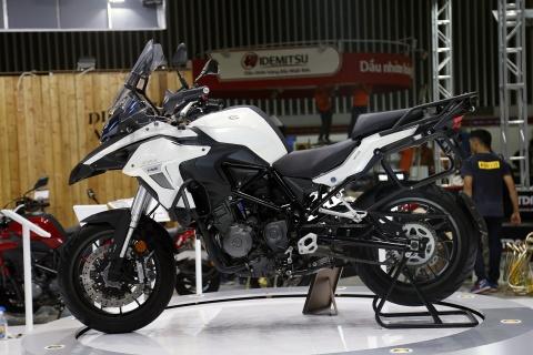 Moto tran ngap truoc gio khai mac Vietnam Motorcycle Show 2017 hinh anh 12