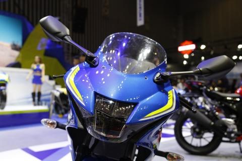 Chi tiet xe con tay Suzuki GSX-R150 gia re tai Viet Nam hinh anh 4