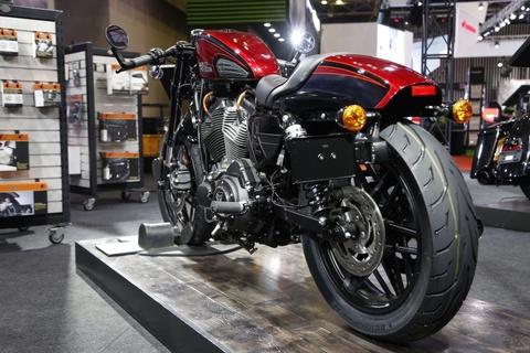 Harley-Davidson Roadster Cafe Racer gia gan 600 trieu dong tai VN hinh anh 13
