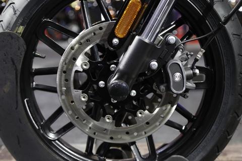 Harley-Davidson Roadster Cafe Racer gia gan 600 trieu dong tai VN hinh anh 9