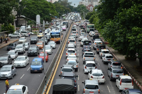 Vi sao Myanmar cam xe may tai Yangon? hinh anh