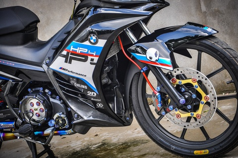 Exciter 135 do phong cach HP4 cua fan BMW o Can Tho hinh anh 12