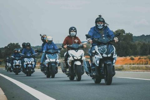 Vuot 450 km Sai Gon - Nha Trang bang Yamaha NVX hinh anh