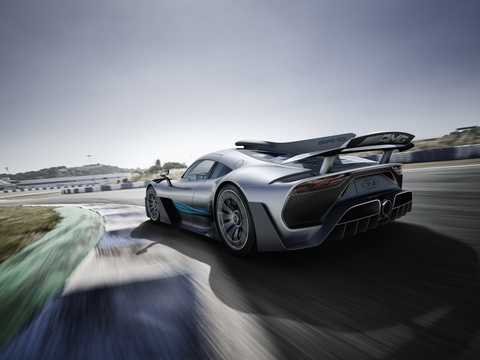Mercedes AMG Project One: Sieu xe dung dong co F1 gia 2,7 trieu USD hinh anh 6